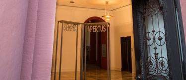 Eingang Alte Universität