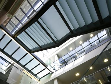 Treppen in der Bibliothek Campus Bergheim